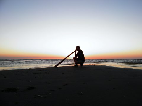 Didgeridoo am Meer